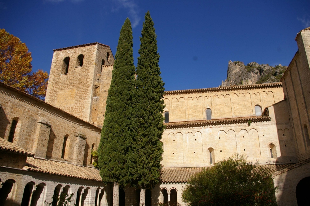Abbaye de gellone abbaye de gellone annuaire visit - Saint antoine l abbaye office de tourisme ...
