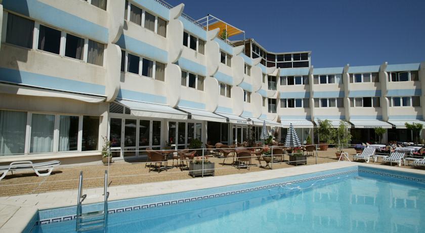 Hotel restaurant inter hotel le neptune hotel for Piscine neptune montpellier